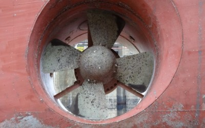 bow thruster repair 2 (Medium)