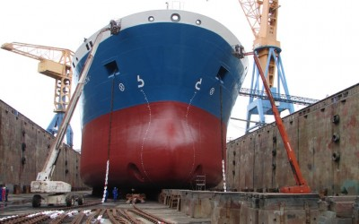 Bow_of_Bro_Elizabeth_in_dry_dock (Medium)